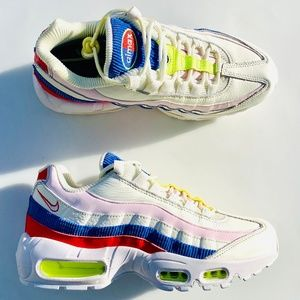 Nike Air Max 95 SE Panache Sail Pink Blue Red